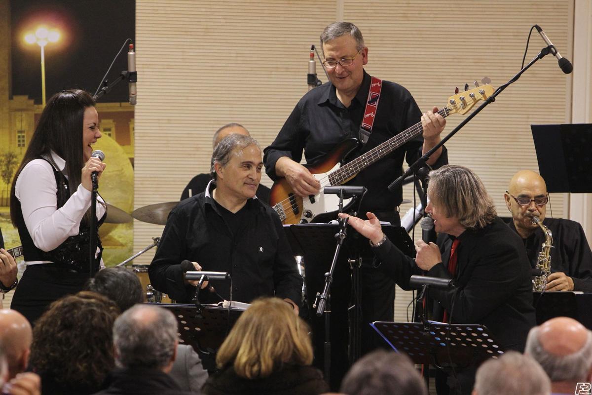 The-Showers-latina-concerto-circolo-cittadino-2012-0102