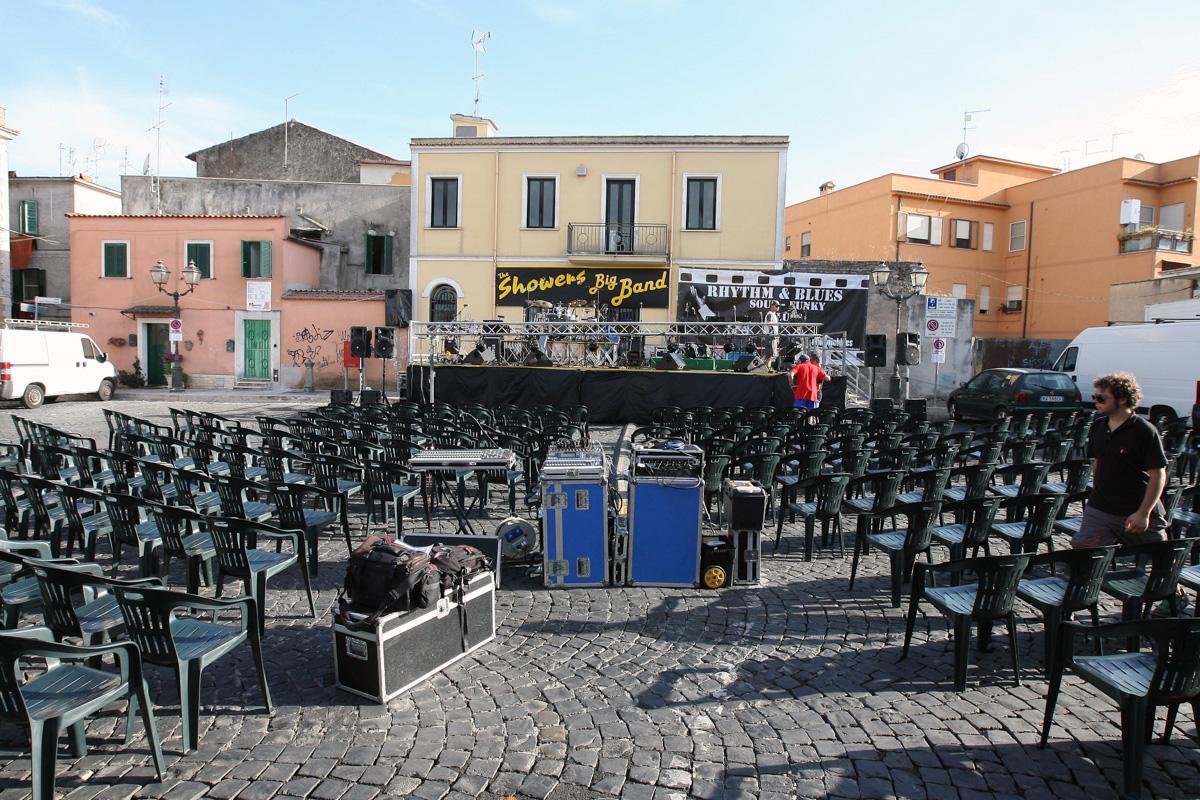 the-showers-concerto-Cisterna-di-latina-2012-0003