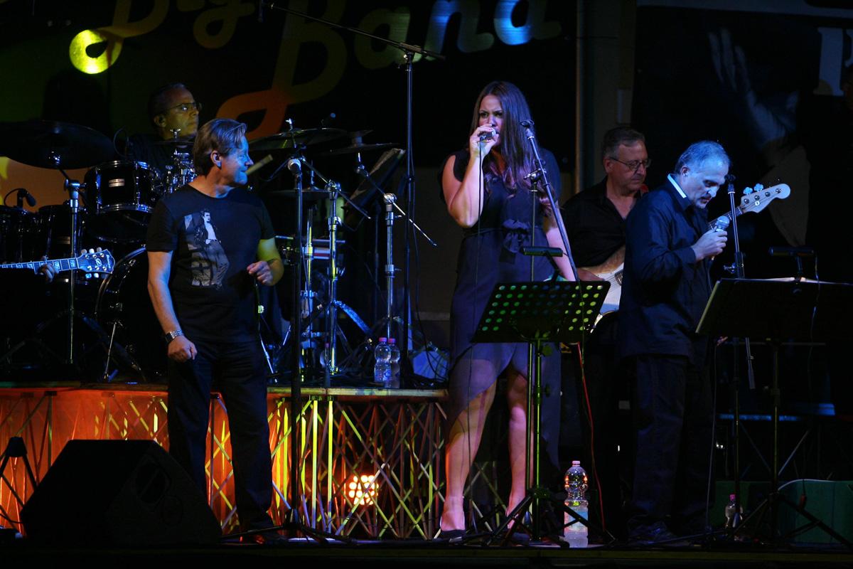 the-showers-concerto-Cisterna-di-latina-2012-0047