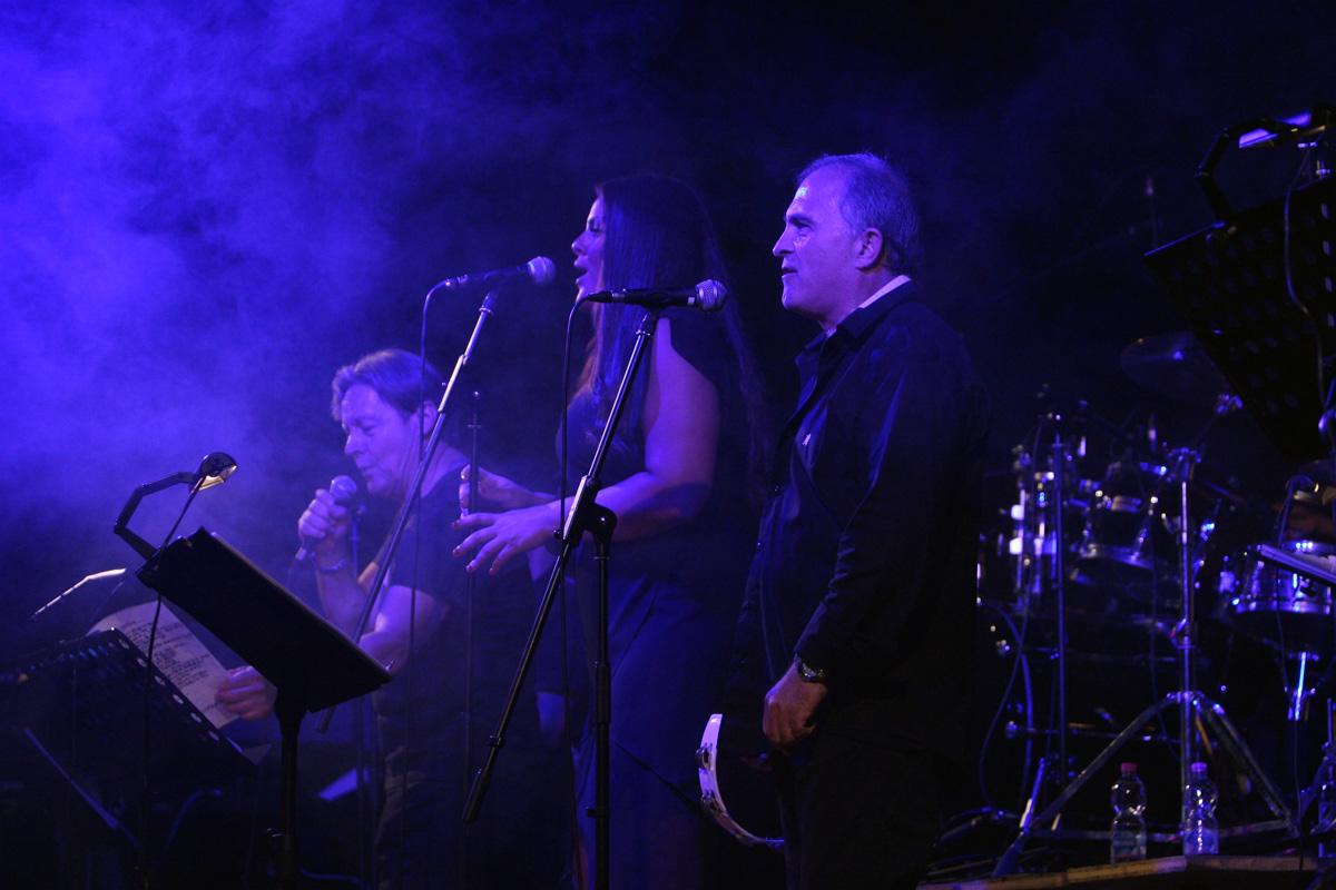 the-showers-concerto-Cisterna-di-latina-2012-0101