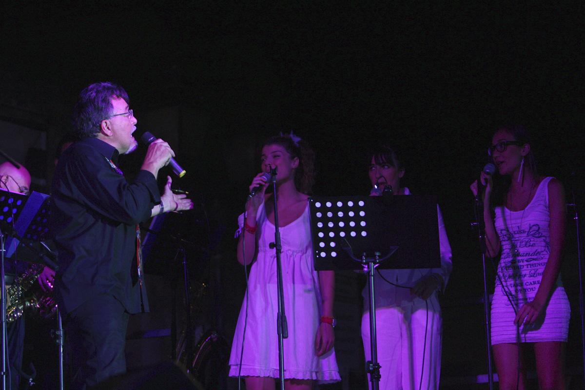 the-showers-concerto-Cisterna-di-latina-2012-0107