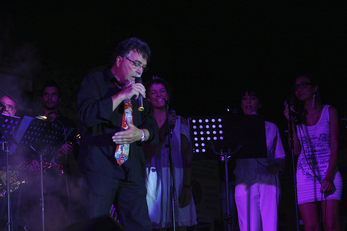 the-showers-concerto-Cisterna-di-latina-2012-0111