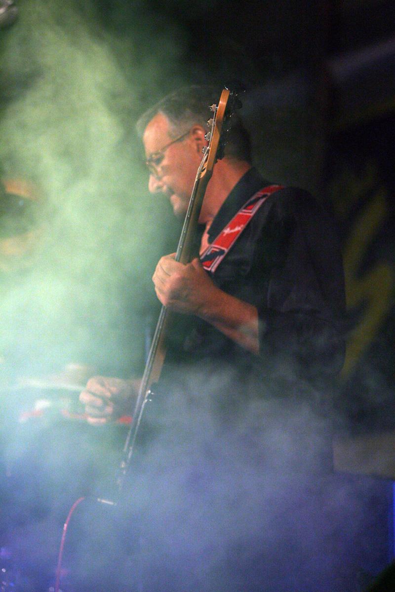 the-showers-concerto-Cisterna-di-latina-2012-0116