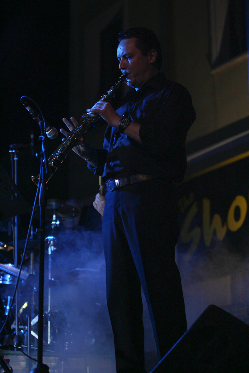 the-showers-concerto-Cisterna-di-latina-2012-0119