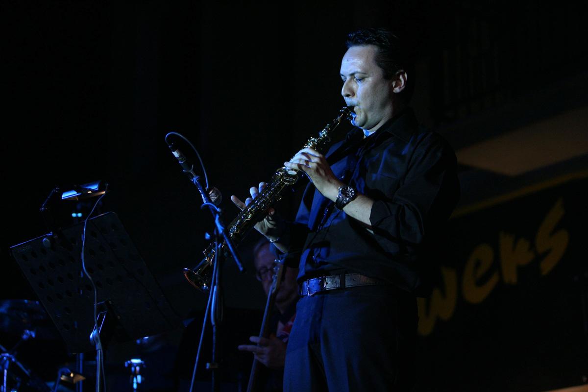 the-showers-concerto-Cisterna-di-latina-2012-0123