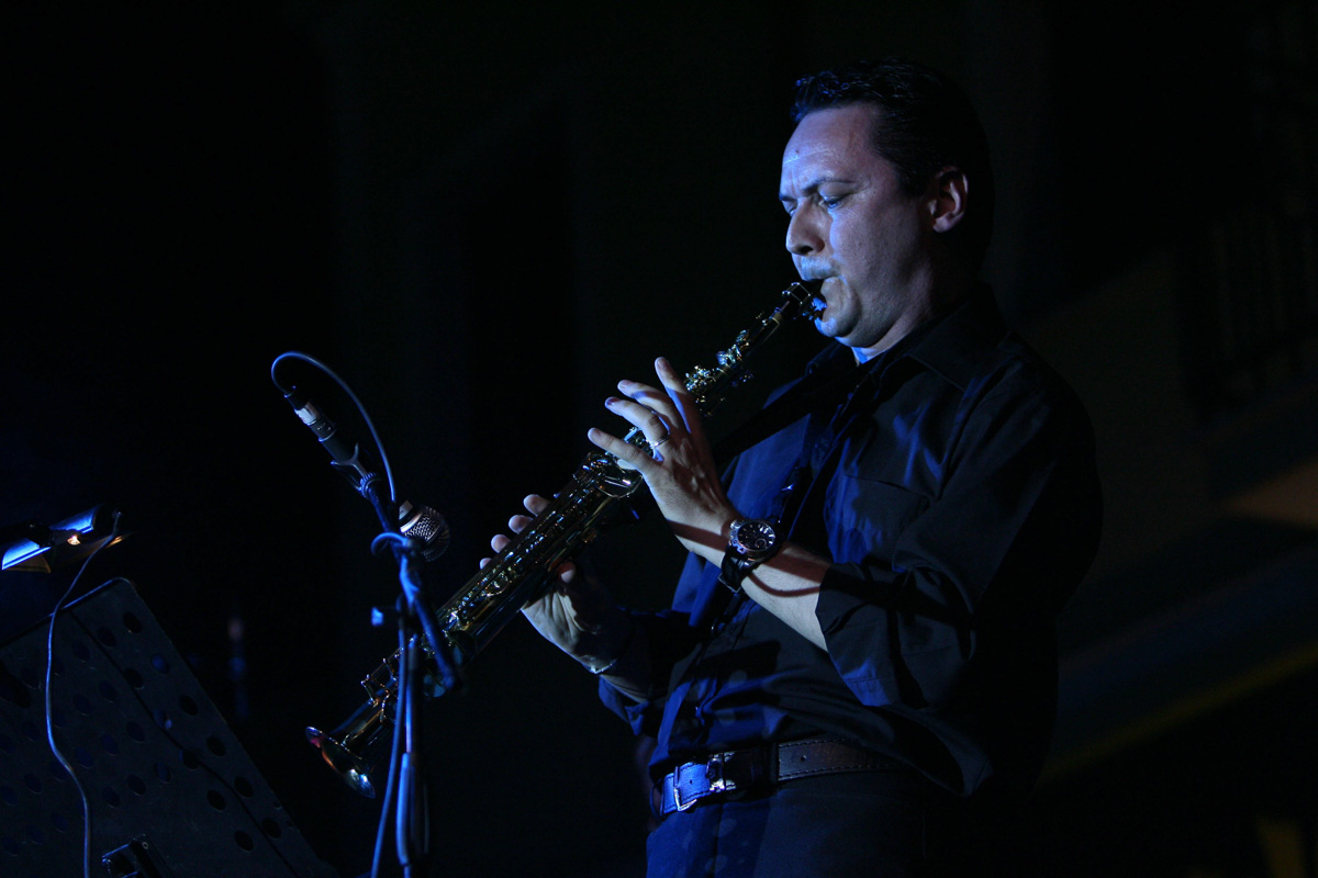the-showers-concerto-Cisterna-di-latina-2012-0129