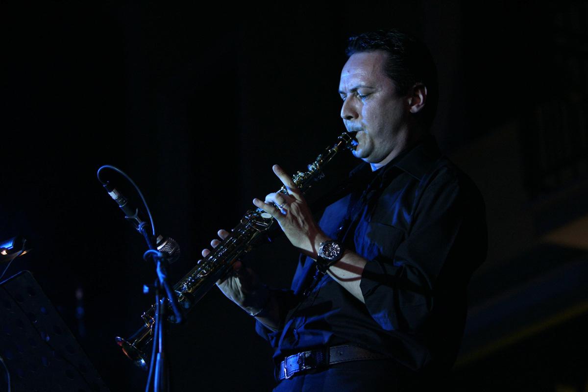 the-showers-concerto-Cisterna-di-latina-2012-0130