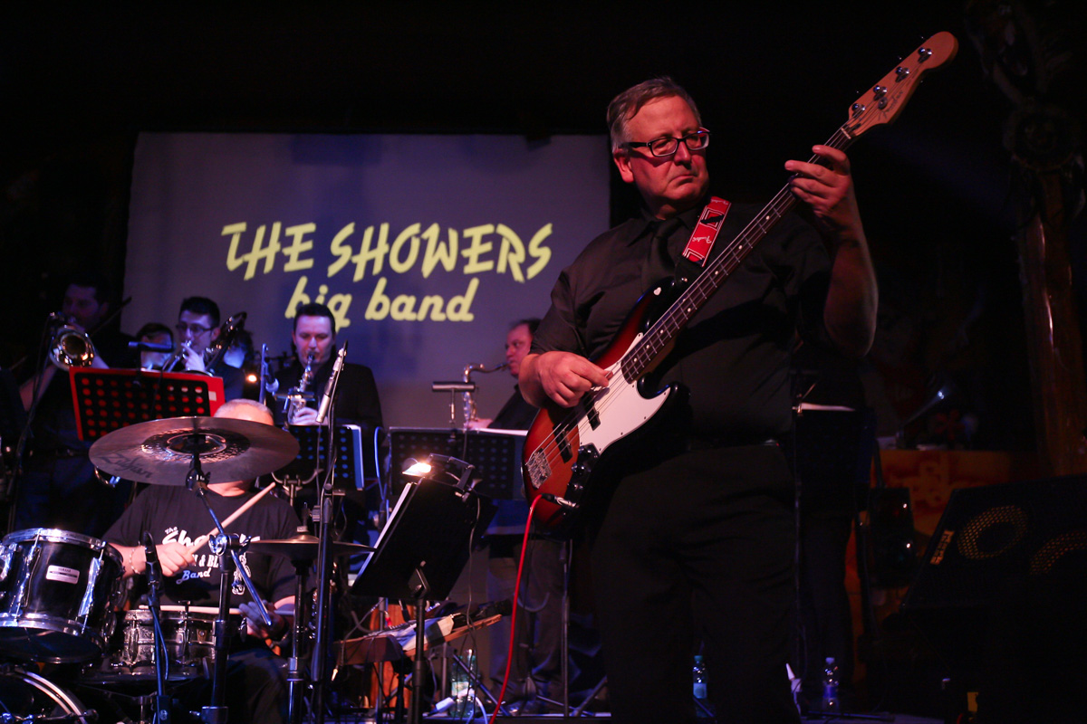 the-showers-live-at-el-paso-2013-0061